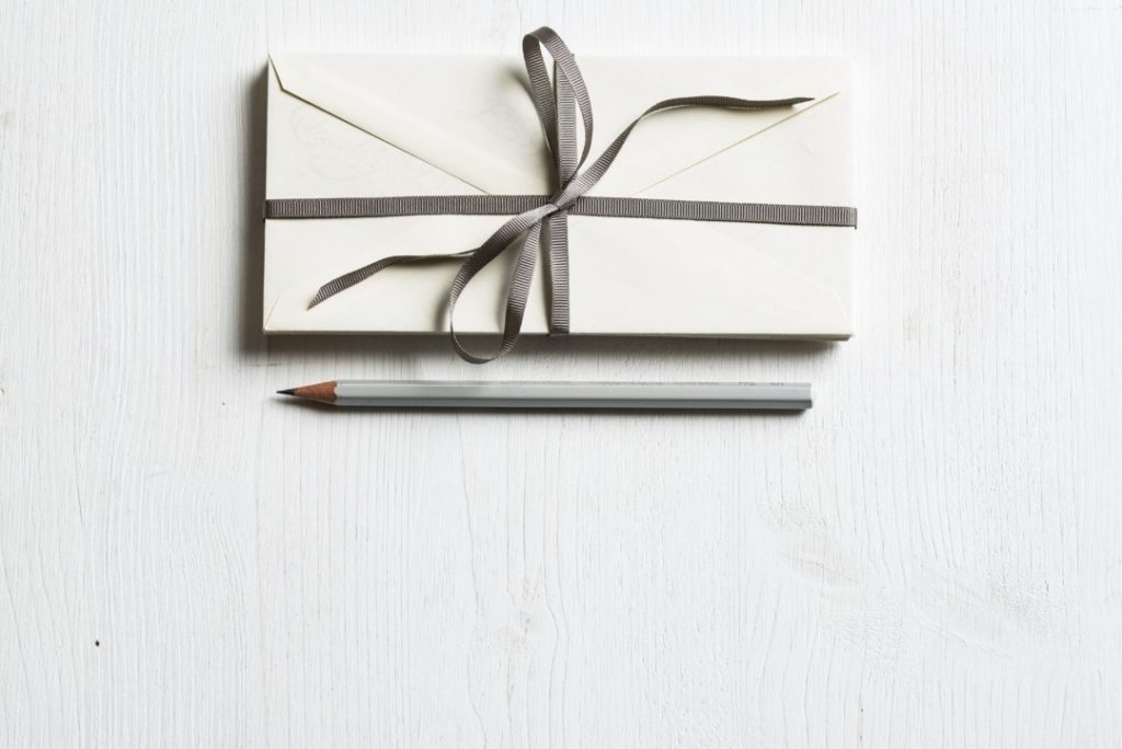 Penpals in the modern world| inkdrops.co.uk|stationery by subscription